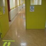 Gesundheitswesen_201206S1_Studie Barrierefreiheit-automatischer Türöffner
