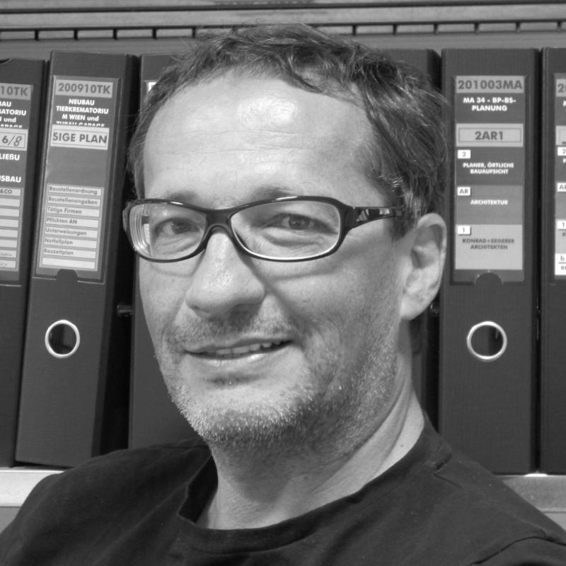 Thomas Konrad, Geschäftsführer
